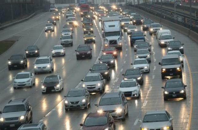 US unveils 'V2V' plan for cars to talk to each other