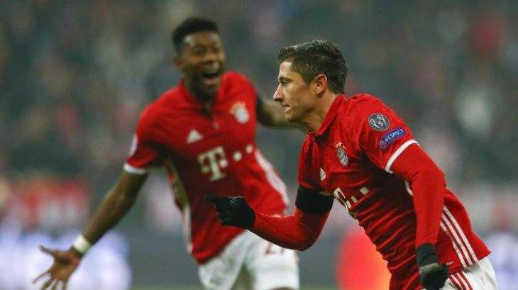 Football: Lewandowski extends Bayern deal until 2021