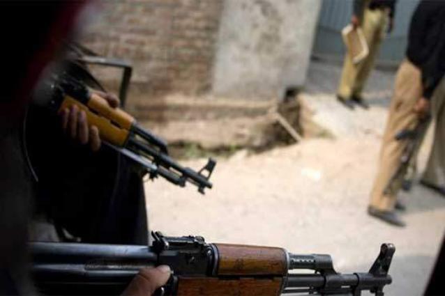 Dacoit killed in police encounter near Natha Khan Bridge
