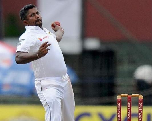 Herath keeps pressure on South Africa