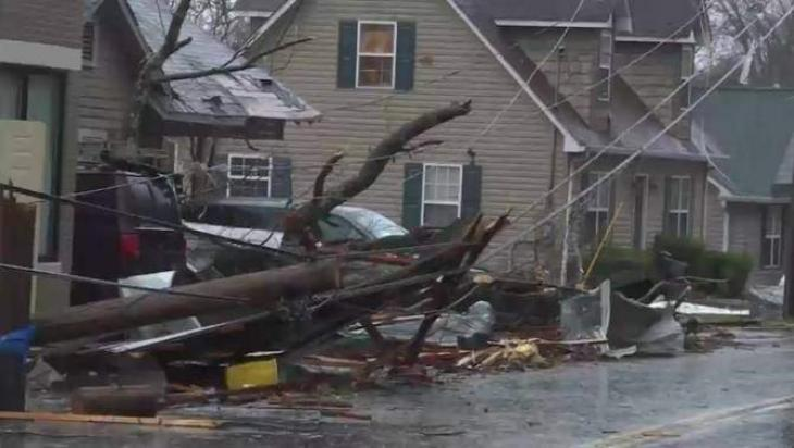 Storms in southern US leave at least five dead
