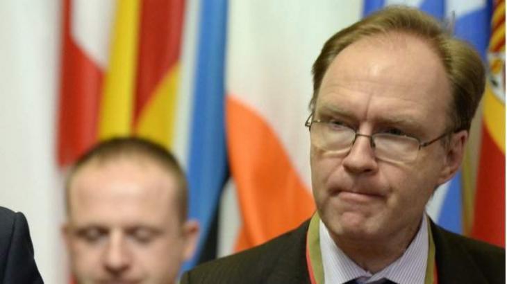 Britain's EU ambassador quits before Brexit trigger