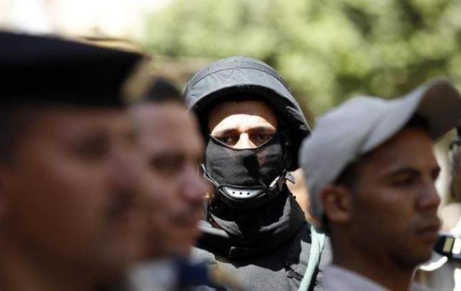Motorcycle gunmen kill Egypt policeman: security sources