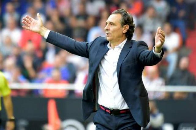 Football: What has gone wrong at Valencia?