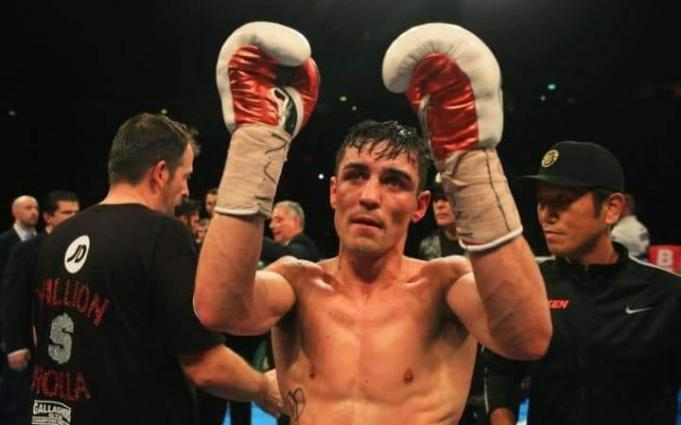 Crolla given chance to regain world title