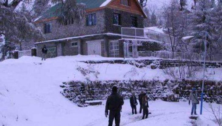 Dry spell ends as AJK receives rain, snowfall