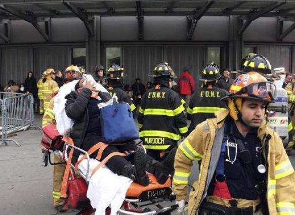New York train derails during morning rush, dozens hurt