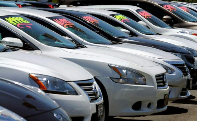 US car sales set new record in 2016