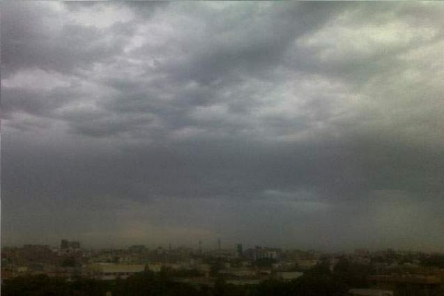 Cloudy weather with light rain likely in Karachi on Friday