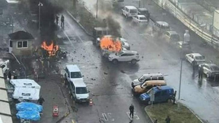 Kurdish militants likely behind Izmir car bombing: governor