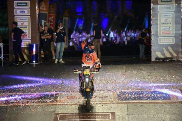 Rallying: Broken leg forces defending champion Price out of Dakar
