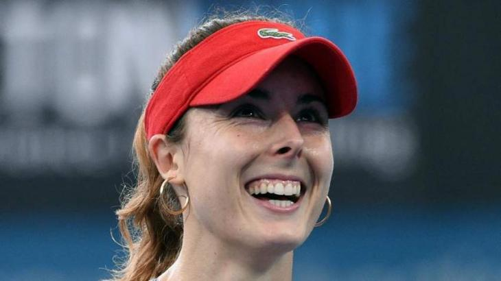 Tennis: Cornet to play Pliskova in Brisbane final