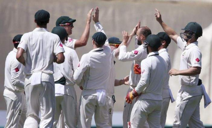 Cricket: Pakistan 128-5 at lunch, trail Australia by 336