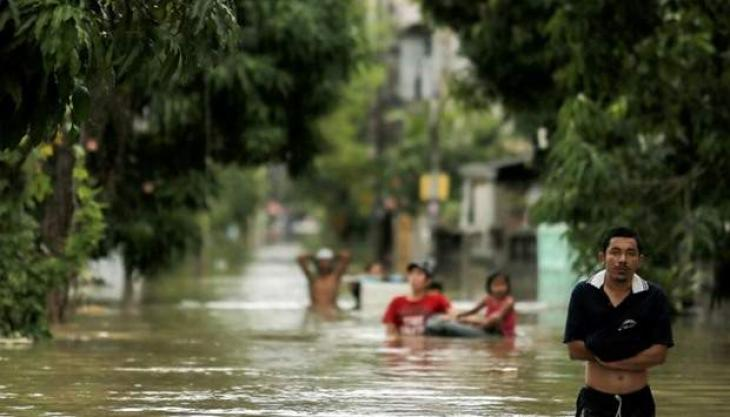 12 dead as torrential rain submerges Thai south