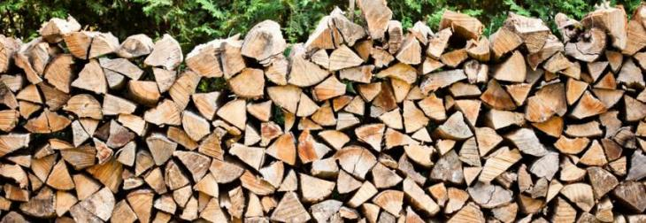 Prices of dry wood increase after rain, snowfall