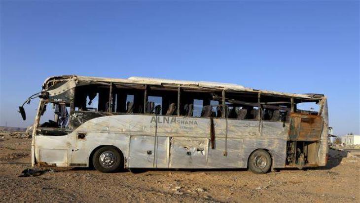 Bus crashes kill 19 in Morocco, Algeria