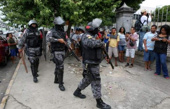 Some 100 killed in one week in Brazil's prisons