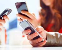 Mobile phone users crosses 137 mln
