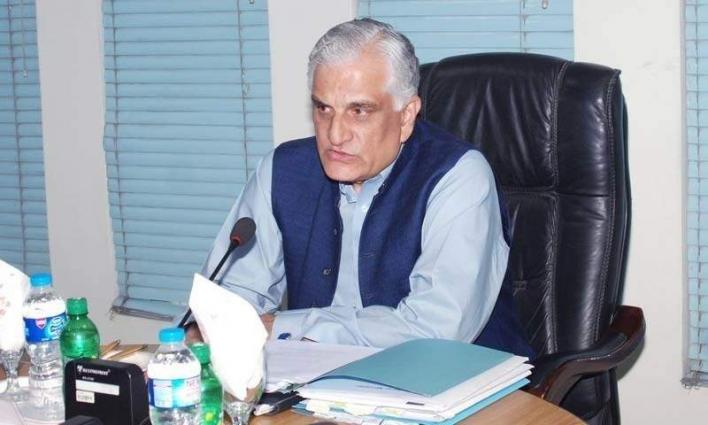 Minister announces 250-bed hospital in Tharo Mandi