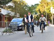 Cycling: French president Macron to visit Tour