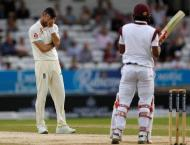 Cricket: West Indies set 322 to win second Test against England