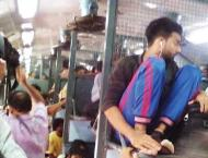 Shortage of train coaches irks passengers