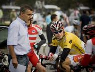 Cycling: Wiggins' coach axed by British Cycling - reports