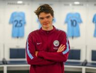 Manchester City sign second FIFA eSports player