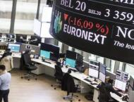 European stocks edge higher in thin holiday trading