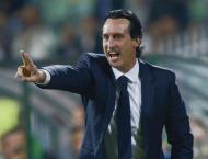 Football: PSG director backs coach over Cavani, Pastore