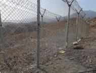 Pakistan starts building fences at Pak-Afghan border in Chaman