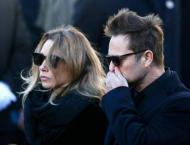 French star Hallyday's daughter to contest his will