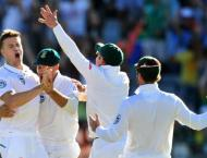 Australia's fearsome attack creates dilemma for South Africa