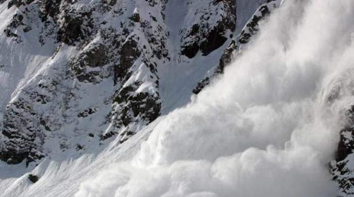 3 soldiers killed in avalanche in Macchil sector