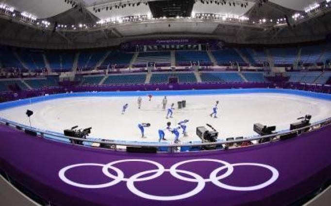 Wardrobe malfunction mars routine of South Korean ice dancers
