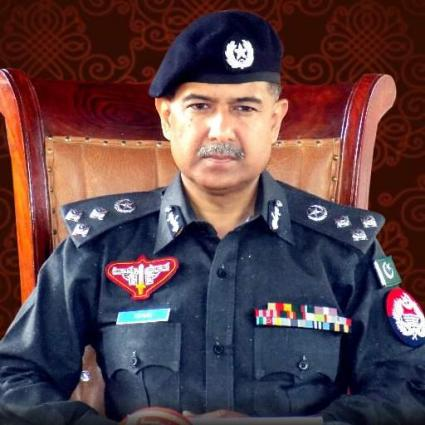 Effective policing impossible without public coordination: IGP Sultan Azam Temuri