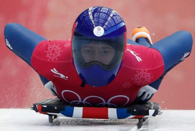Briton Yarnold defends skeleton title