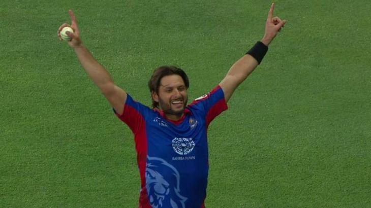 Shahid Afridi's stunning catch lights up Pakistan Super League in Dubai