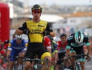 Groenewegen fastest to Paris-Nice stage two line