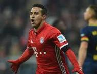Bayern star Thiago gets all clear after injury scare