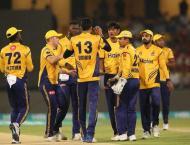 Peshawar beat Karachi by 13 runs to move in PSL final