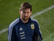 'Untouchable' Messi fit to face Spain says Argentina boss