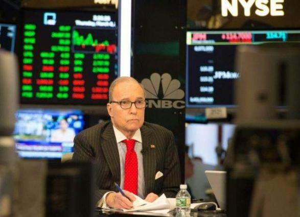 Trump taps TV pundit Kudlow for top economic post