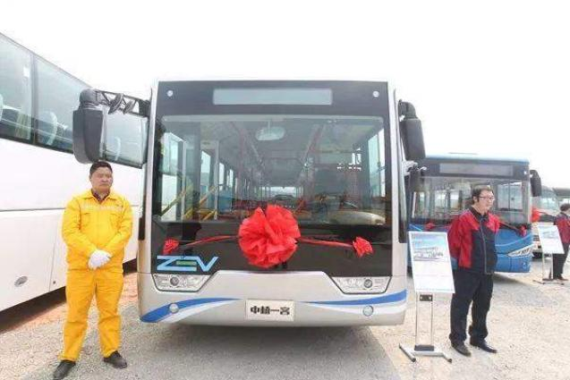 New hydrogen-powered bus unveiled in Chengdu