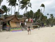 Philippine tourist island scrambles as shutdown looms