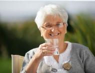 Drinking water may help seniors stay sharp
