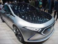 Global carmakers show off SUVs, electrics as China pledges reform ..
