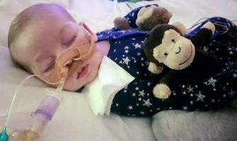 Parents appeal court travel ban on ailing British toddler