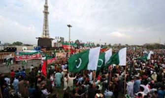 PTI's Minar-e-Pakistan jalsa to add to PMLN's troubles