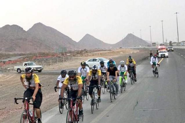 Intending cyclist Haji reaches Multan
